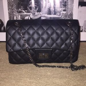 Forever 21 Faux Leather Quilted Bag
